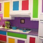 Как покрасить кухонную мебель?